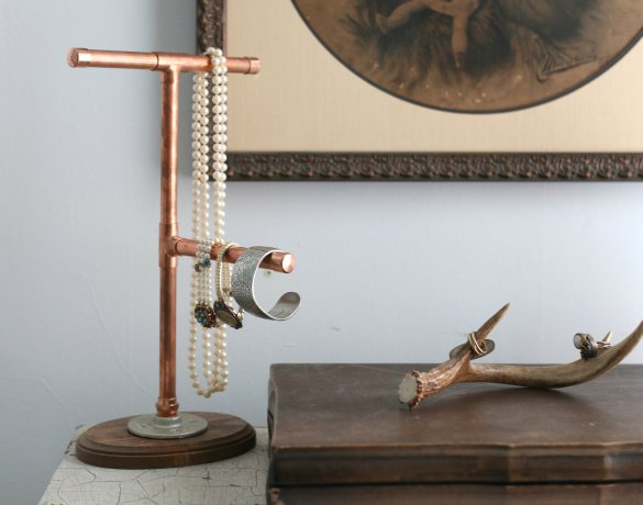 Over On Ehow Diy Copper Pipe Jewelry Display Holder 17