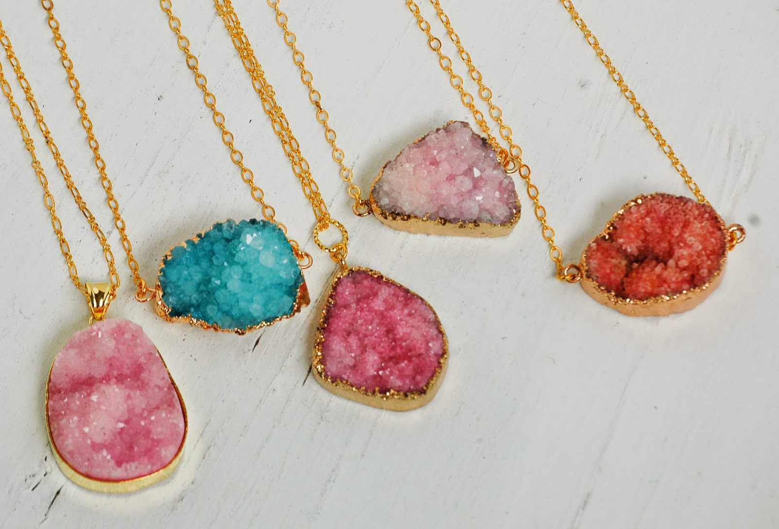 AGATE Druzy NECKLACE Beautiful Stone Quartz