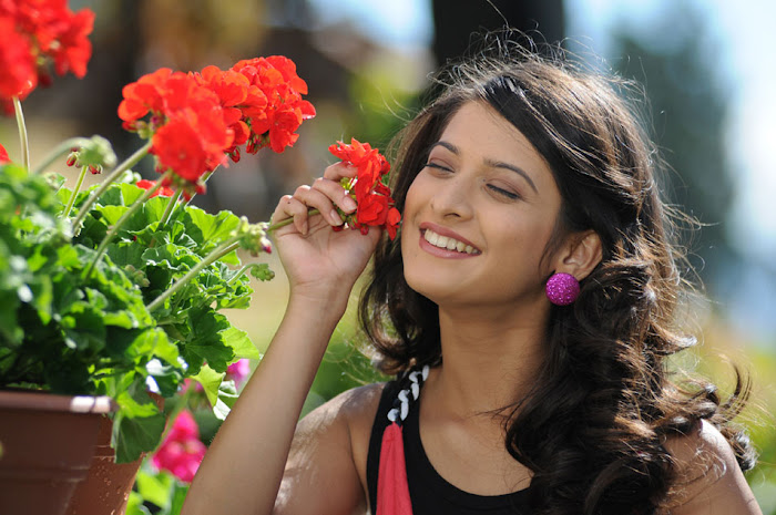 mridula from love 4 ever movie, mriudla