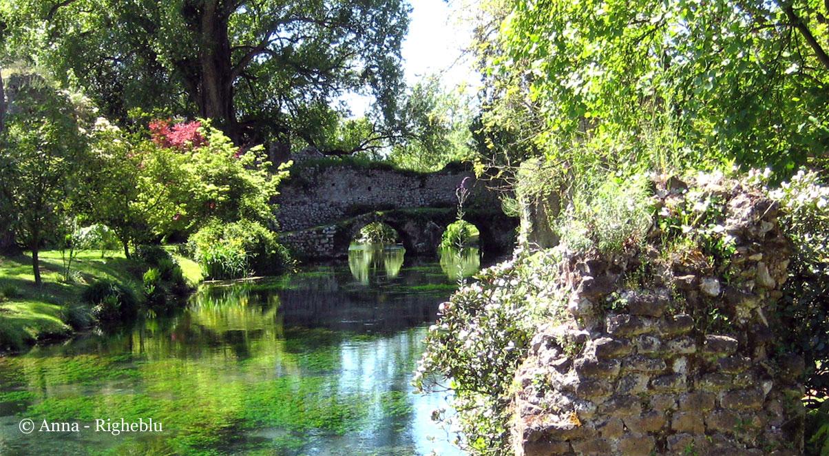 Righeblu il giardino di ninfa - Giardino in inglese ...