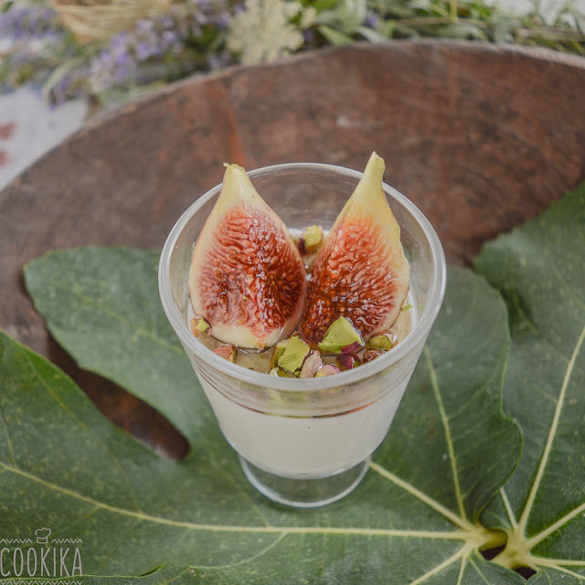 Mousse with figs