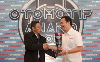 Mobil Honda Bdg Otomotif Award 2012