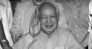 Almarhum Soeharto Tidak Mendapat Gelar Pahlawan Nasional [ www.BlogApaAja.com ]
