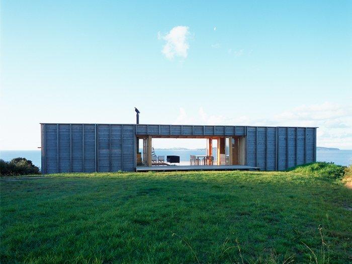 Luxury beach homes beachfront house coromandel new zealand for Beach house builders new zealand