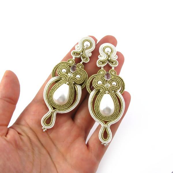 kolczyki ślubne, do ślubu, biżuteria ślubna, sutasz, soutache, sutaszowe, PiLLow Design, perły Swarovski, kolczyki Swarovski, kolczyi sutasz ślubne