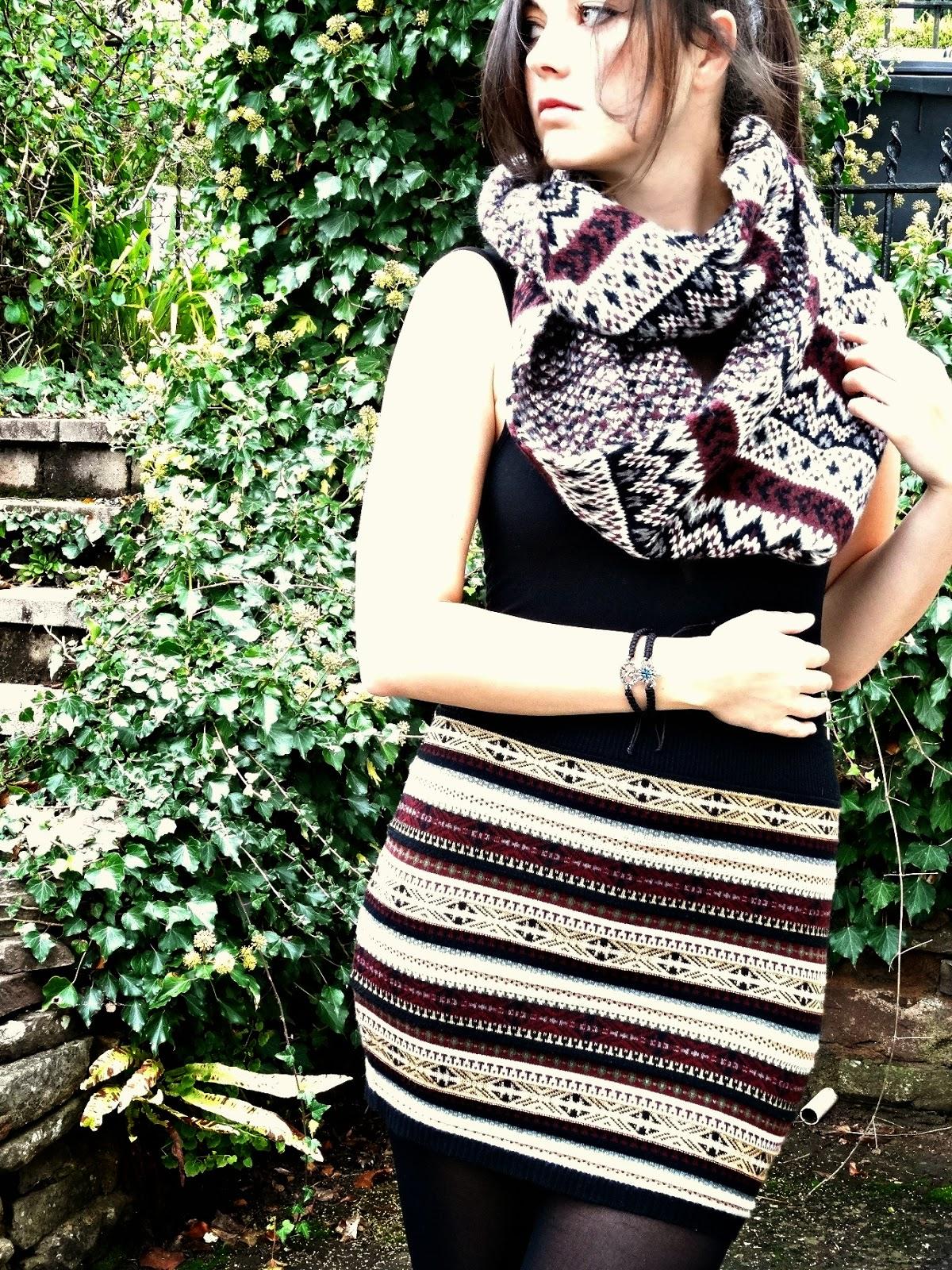 Autumn fashion skirts and scarfs ootd
