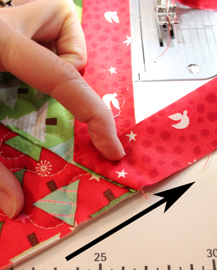 binding tutorial for christmas tree skirt - Quilted Christmas Tree Skirt Pattern
