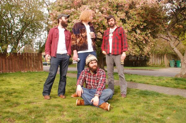 Moondoggies: Feel the flannel