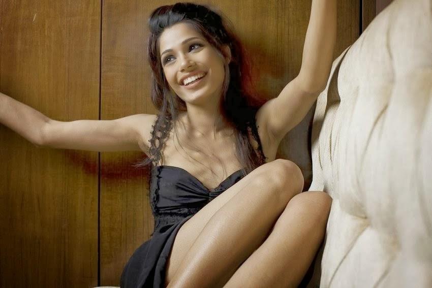 Armpit Actress Photo: Freida Pinto Latest Photoshoot ... фрида пинто