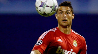 Cristiano Ronaldo tries to play a ball against Dinamo