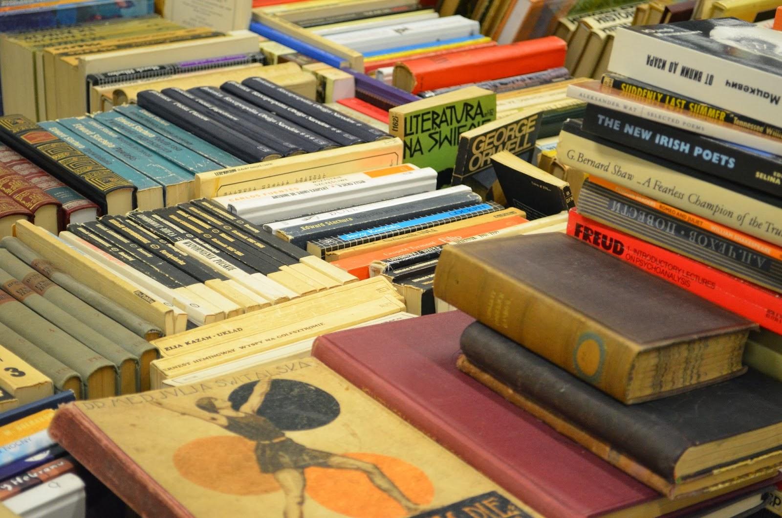 książki na wagę