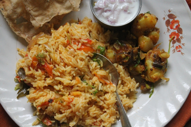 Nanjil samayal tomato rice recipe thakkali sadam recipe tomato rice is my all time favourite i can eat it any time of the day is simple to make and so tasty toorfect to put in lunch box for kids and ccuart Choice Image