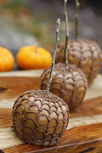 Spider Webbed Caramel Apples