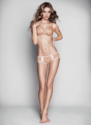 Rosie Huntington Hot