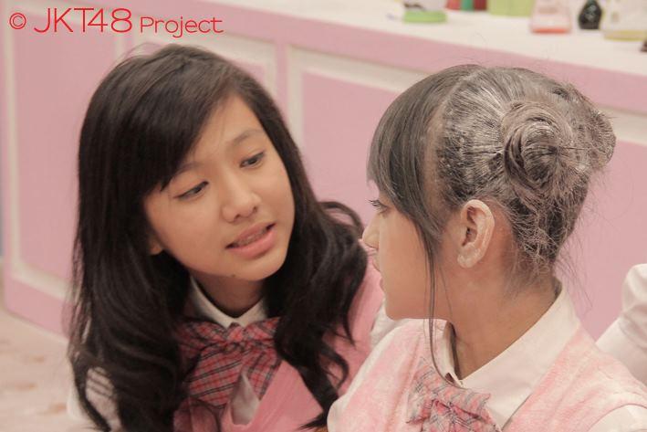 Shania JKT48 dan Nabilah JKT48 at JKT48 School episode 8
