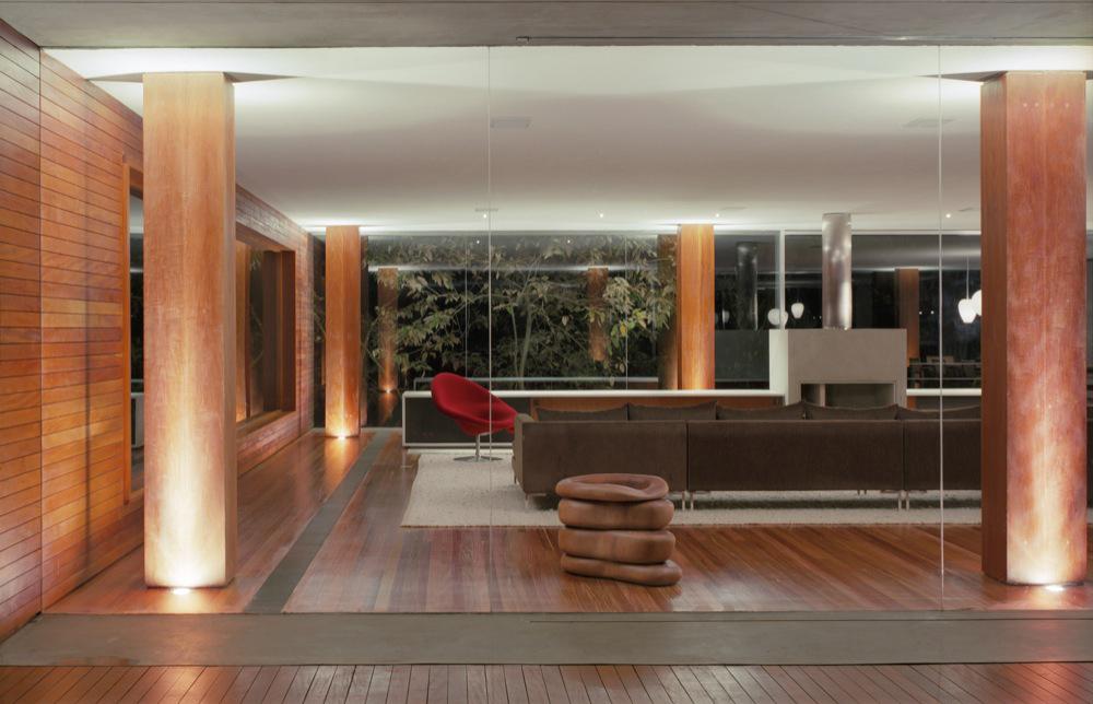 Arquitectura de casa br arquitecto marcio kogan brasil for Stile moderno casa