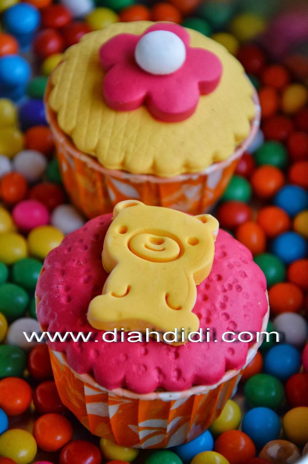 Diah Didis Kitchen Step By Step Menghias Cupcake Sederhana Dengan