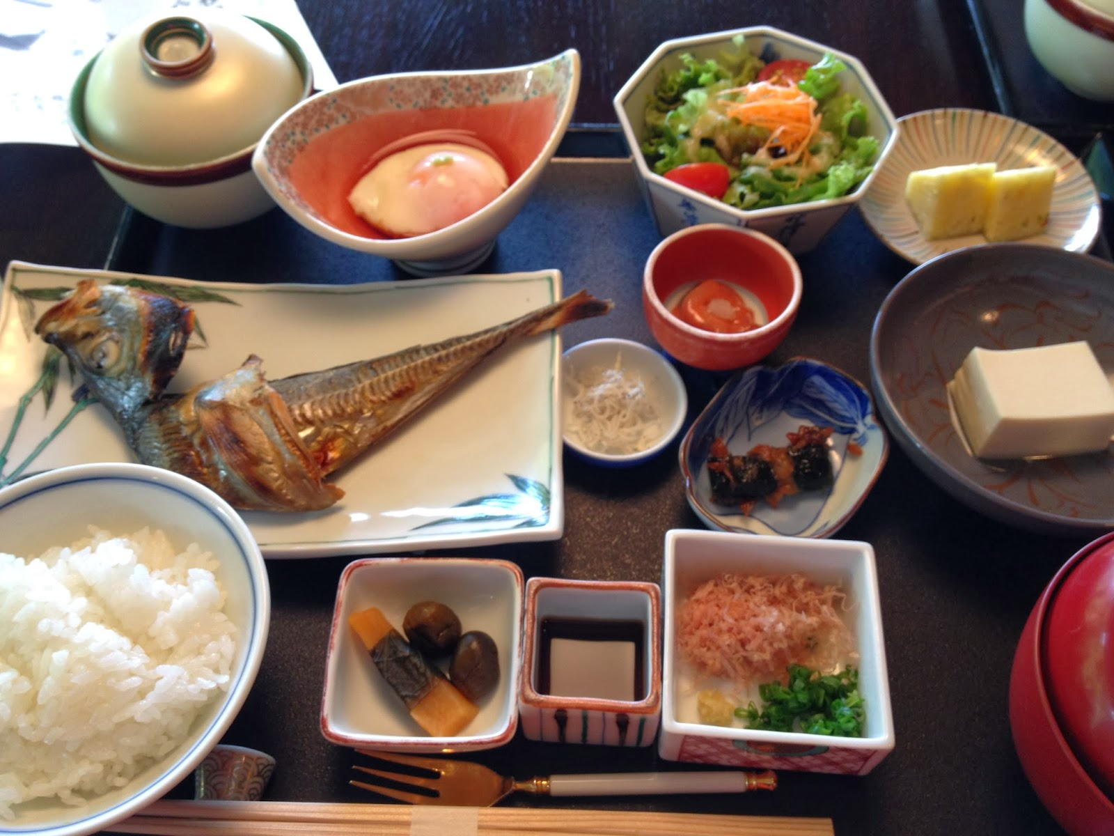 Traditional japanese breakfast 28 images breakfast for Abis japanese traditional cuisine