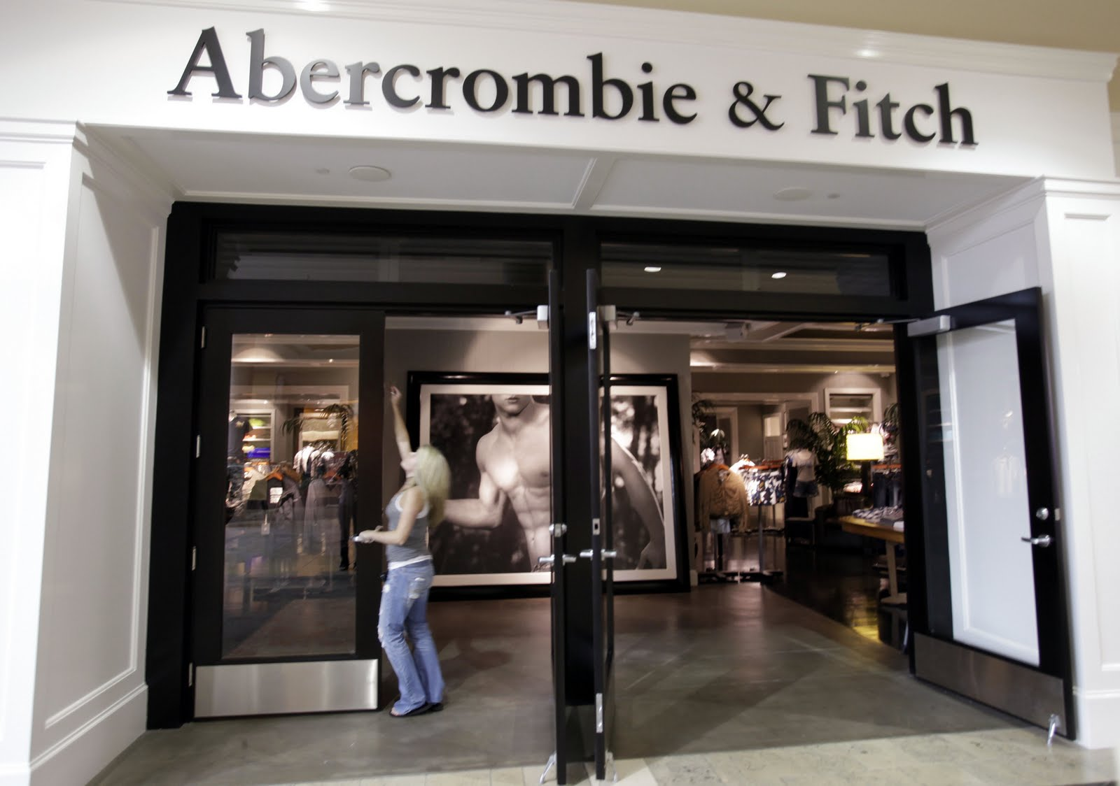 Abercrombie Amp Fitch Co Nyse Anf Q1 Earnings Preview