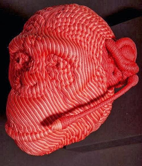 16-Receptionist-Mozart-Guerra-Rope-Animal-Sculptures-www-designstack-co