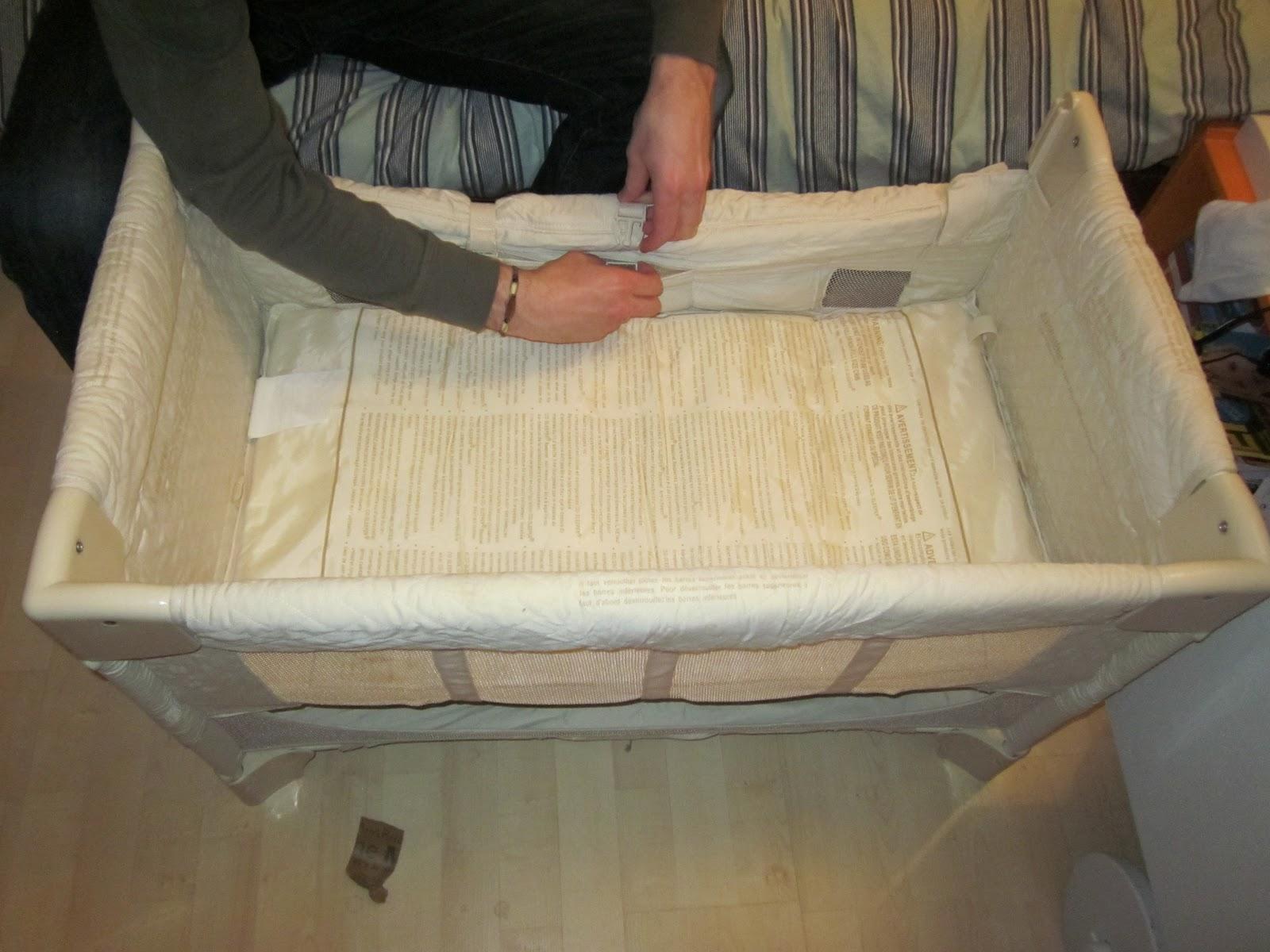 Les mamans testent le cododo et moi le nain teste le berceau cododo - Comment ouvrir un lit parapluie ...
