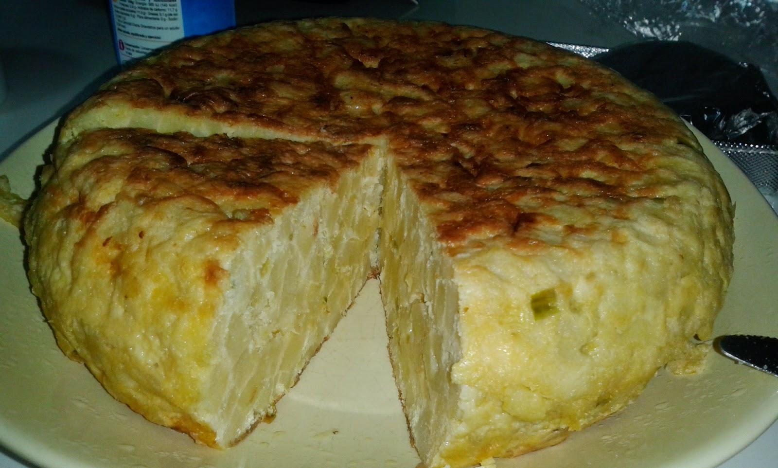 Tortilla de patatas con cebolla pimiento y calabac n - Tortilla de calabacin y cebolla ...