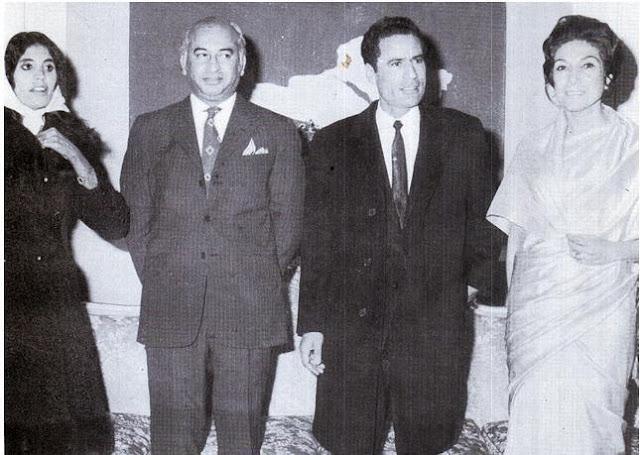 Muammar Gaddafi with Zulfiqar Ali Rare old Pic