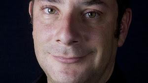 IGNACIO PADILLA. El escritor mexicano, ganador del premio La otra orrilla