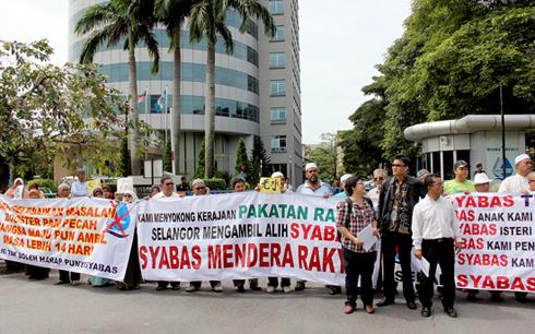 Air: Rakyat Selangor kena kencing....