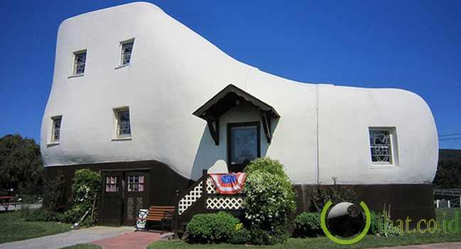 The Haines Shoe House (Pennsylvania, Amerika Serikat)