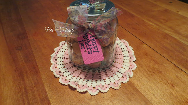 http://bitahoney.blogspot.com/2015/05/gift-project-using-pink-lemonade.html