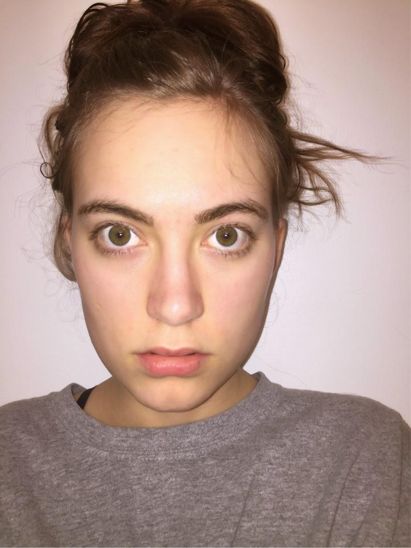 no-makeup-modeling-head-shot