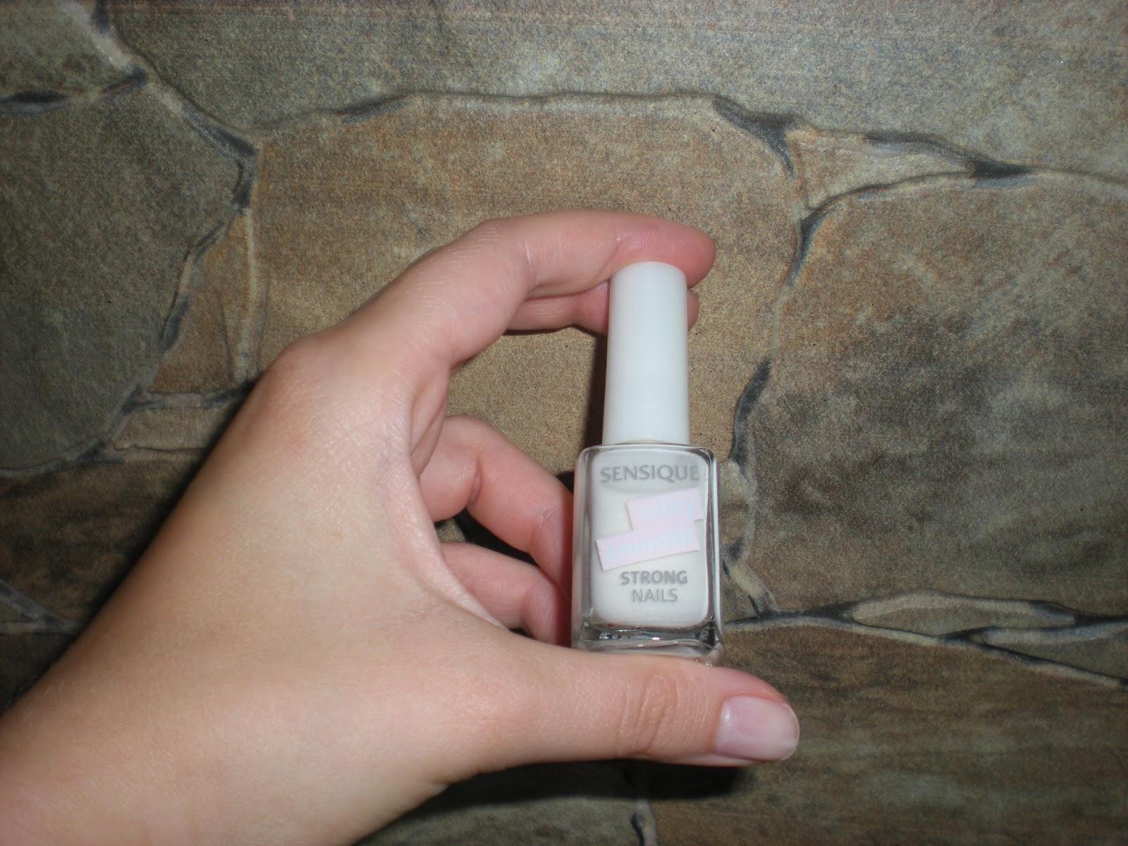 Recenzja odżywki do paznokci Strong Nails Sensique