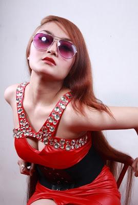 siti+badriah2 Foto Hot, Biodata dan Profil Siti Badriah Musisi Pendatang Baru