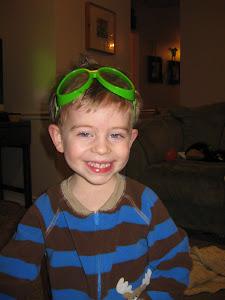 Taylor & his green goggles