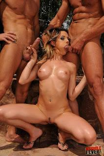 Casual Bottomless Girls - rs-Chloe_16-747375.jpg