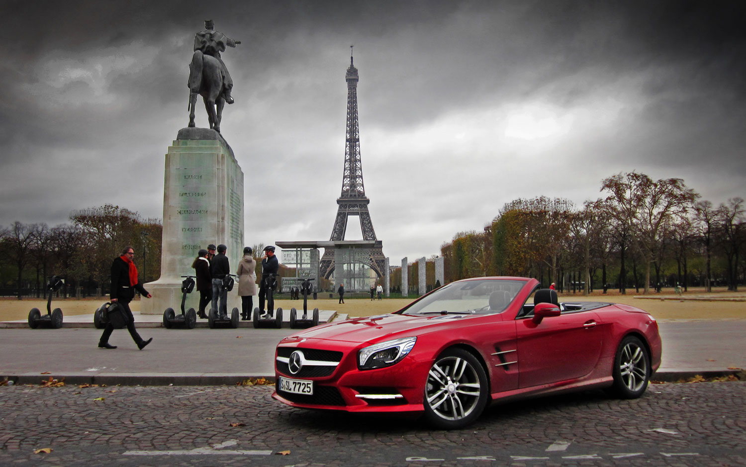 Mercedes Eiffel Tower : Kws cars wallpapers grand touring europe in a mercedes