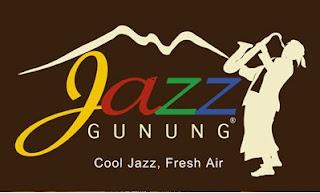 http://www.wisatagunungbromo.com/2013/06/jazz-gunung-di-bromo.html