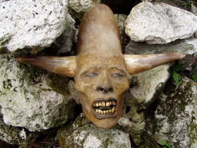 ... gunung siluaet wajah manusia fosil manusia raksasa terbesar didunia