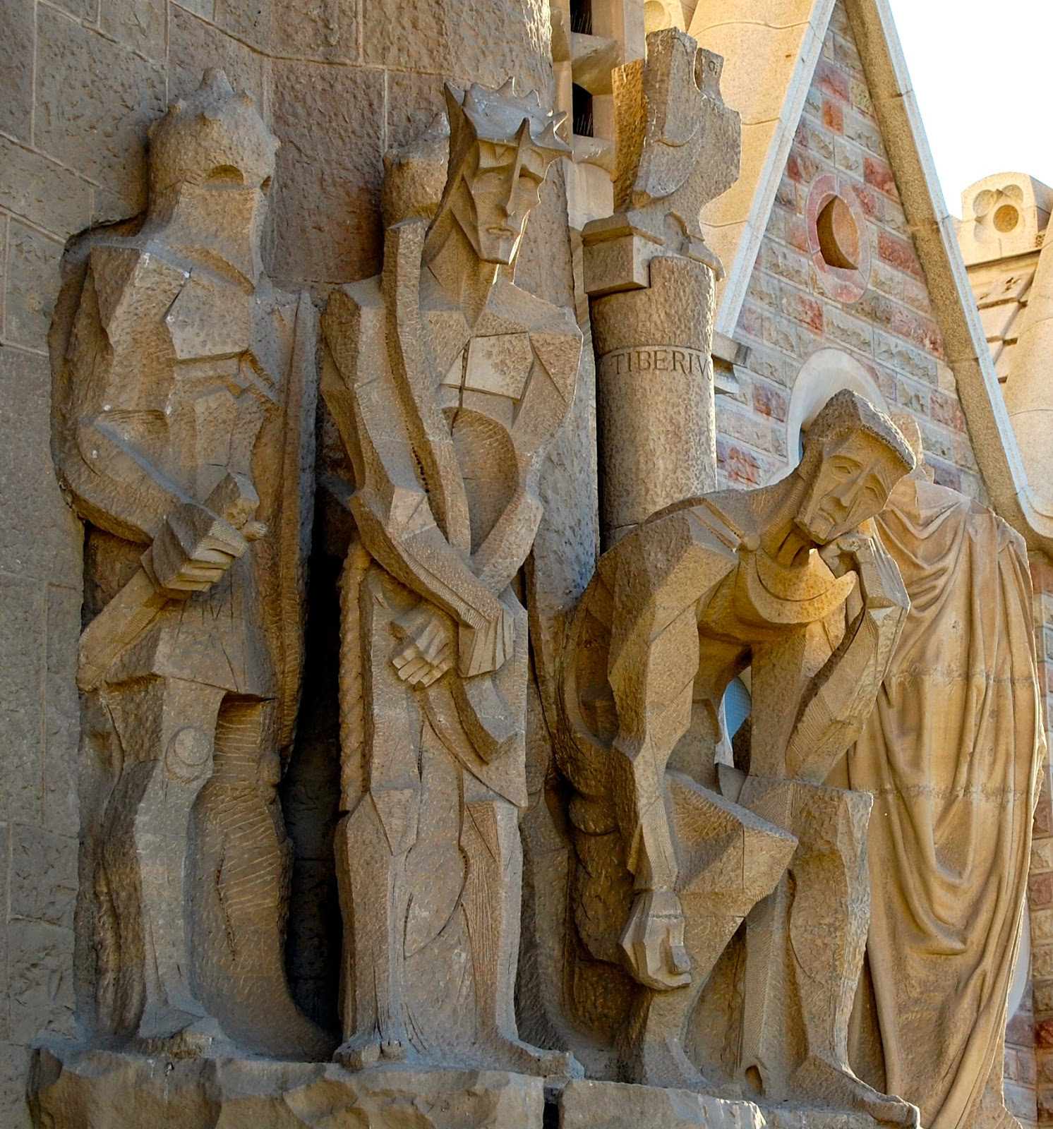 Jesus with a crown of thorns, Passion Facade, Sagrada Familia