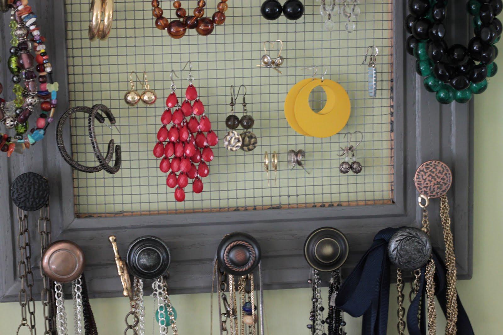 Подставка для украшений и бижутерии - 50 идей 23