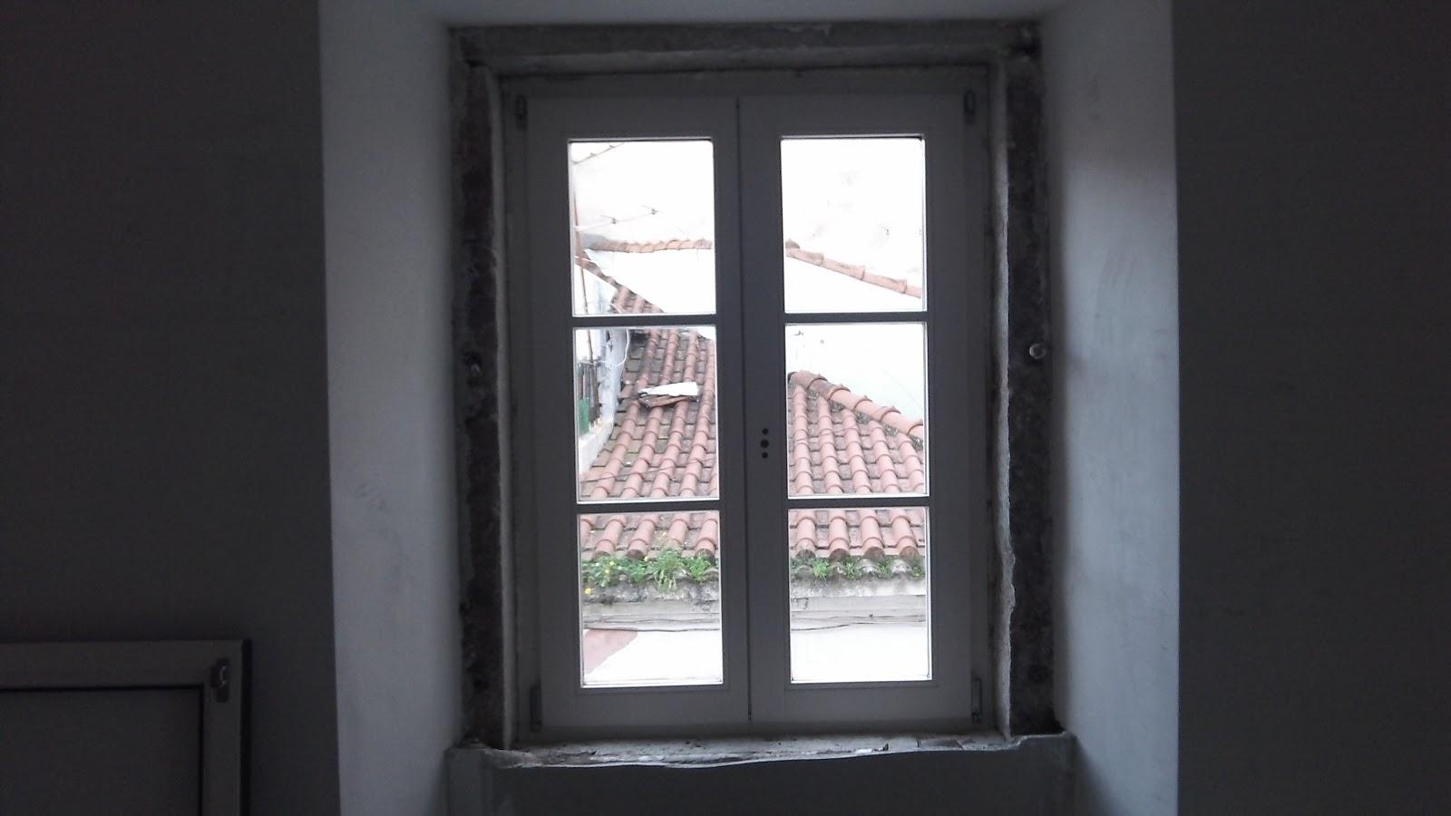 As casas d 39 giuanin nuove finestre in legno massello - Finestre in legno bianche ...