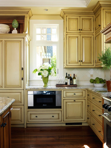 New home interior design kitchen cabinet color choices for Kitchen cabinet choices