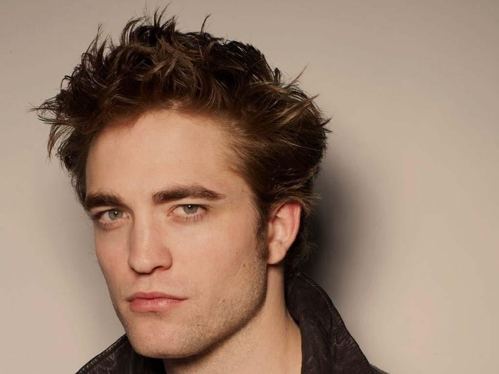 Robert Pattinson   Maceme Wallpaper Robert Pattinson