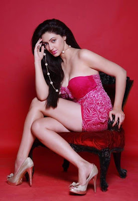 Reyhna Malhotra Hot Photos