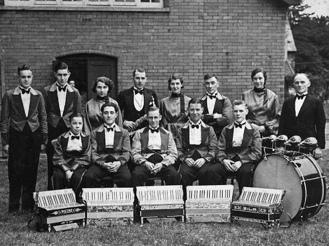 Midsomer Norton Accordian Band