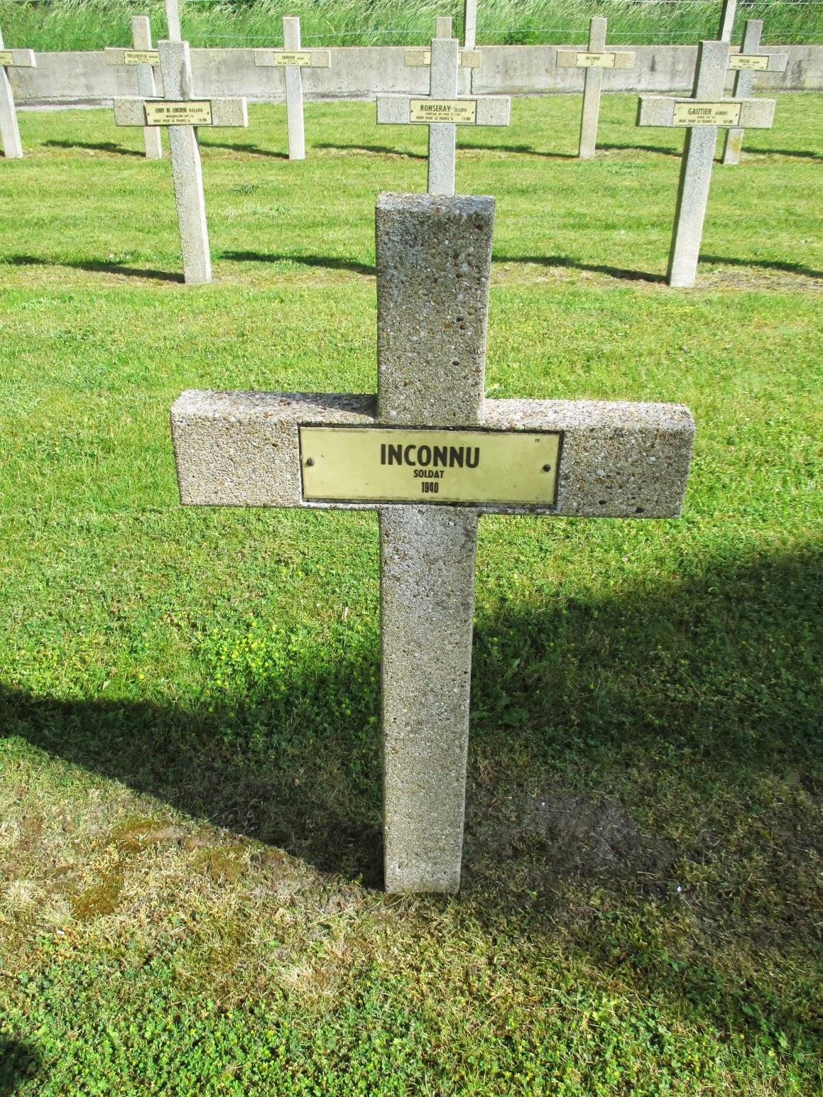 Leffrinckoucke: Frans militair kerkhof