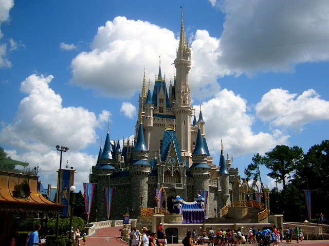 Cinderella Castle - Magic Kingdom, Disney World, Florida