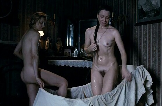 3 hot camgirls masturbating under the shower 7