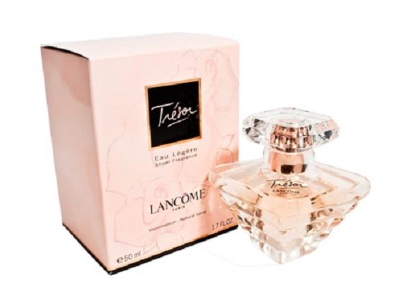 https://www.douglas.es/douglas/Perfumes-Perfumes-para-mujer-Perfumes-Lanc%C3%B4me-Tr%C3%A9sor-Lumineuse_product_3000066679.html